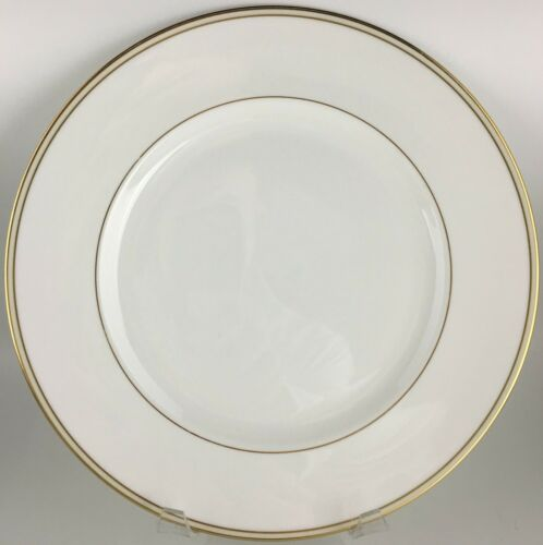 Wedgwood Vera Wang Champagne Duchesse Dinner plate