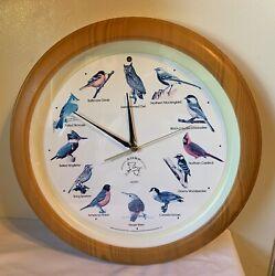 Vintage National Audubon Society Singing Bird Wall Clock 13-1/4 Faux Wood Nice