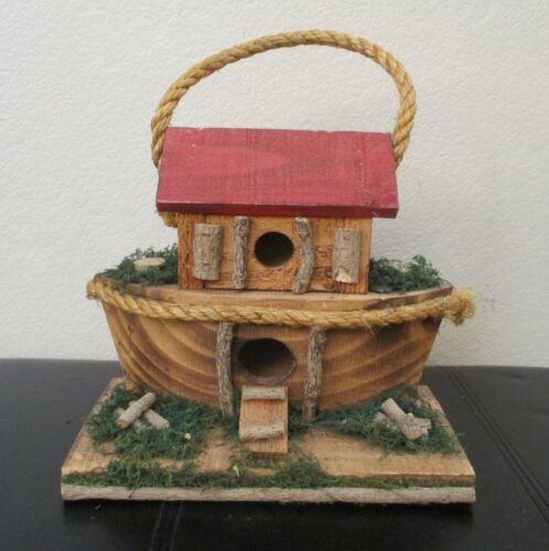 """Ark Wooden Birdhouse With Heavy Twine Handle for Hanging 10"""""""