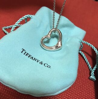 Tiffany & Co Heart Pendant with diamond and chain