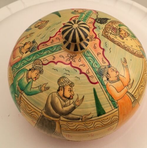 Vintage Kashmir India Hand Painted Lacquer Signed 7 Men Round Trinket Box