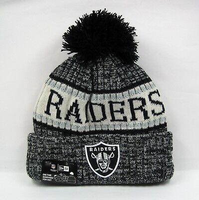 New Era Cap Men's NFL Oakland Raiders Team Uniform Colors Winter Knit Bobble Hat (Oakland Raiders Uniformen)