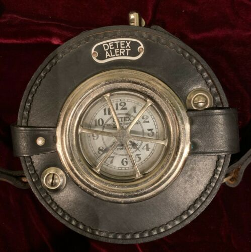 Vintage DETEX Watchclock Corp WATCHMAN CLOCK w/Leather Case & Keys FEBRUARY 1952