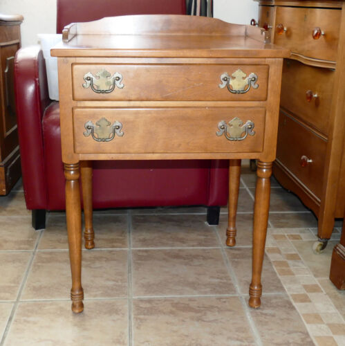 PALM SPRINGS PICK UP Furniture Nightstand End Table ETHAN ALLEN Maple Heirloom