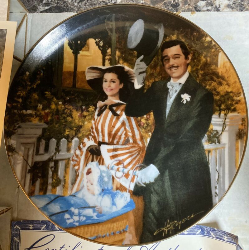 """Gone With the Wind """"Strolling in Atlanta"""" Collector Plate Bradford Exchange 1989"""