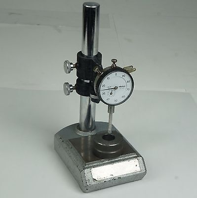 Mitutoyo Dial Gauge Stand W 2904f Indicator .001 Grad 1 Range Compare 7001-10