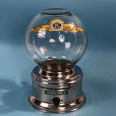 VINTAGE  H & W  PENNY GUMBALL MACHINE