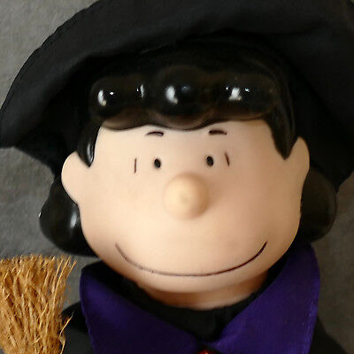Halloween PEANUTS LUCY Witch 12