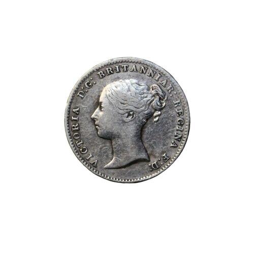 Great Britain 1862 Queen Victoria Silver Threepence Coin KM#730 3 Pence
