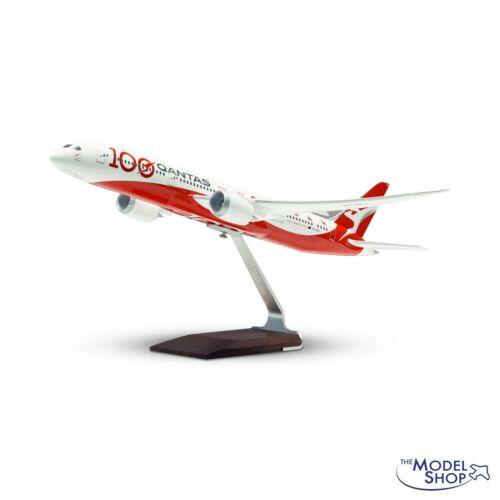 PACMIN Pacific Miniatures 1/100 scale Qantas Centenary 787-9 Desktop Model