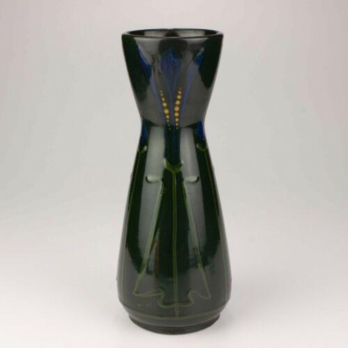 Roseville Pottery Crocus Vase, Shape 20-9, Dark Green