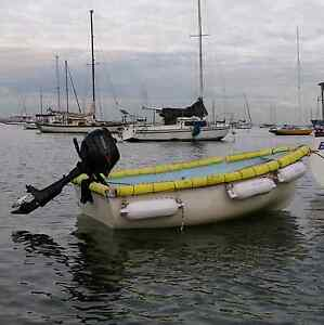 8 foot fibreglass dinghy with broken 2.5hp 4-stroke outboard Williamstown Hobsons Bay Area Preview