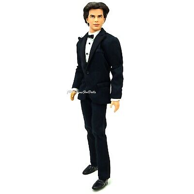 2002 James Bond 007 Ken Doll Jointed Rooted Hair New out of Box with Stand