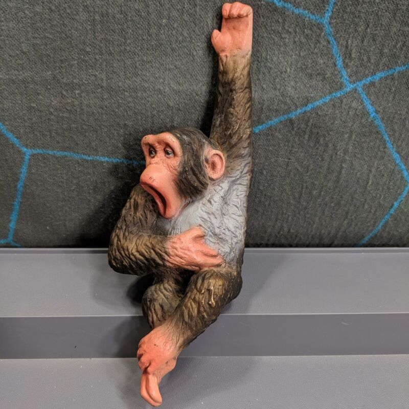 Universal Statuary Chimp Monkey Chimpanzee Plastic Hanging Statue Vintage 1978