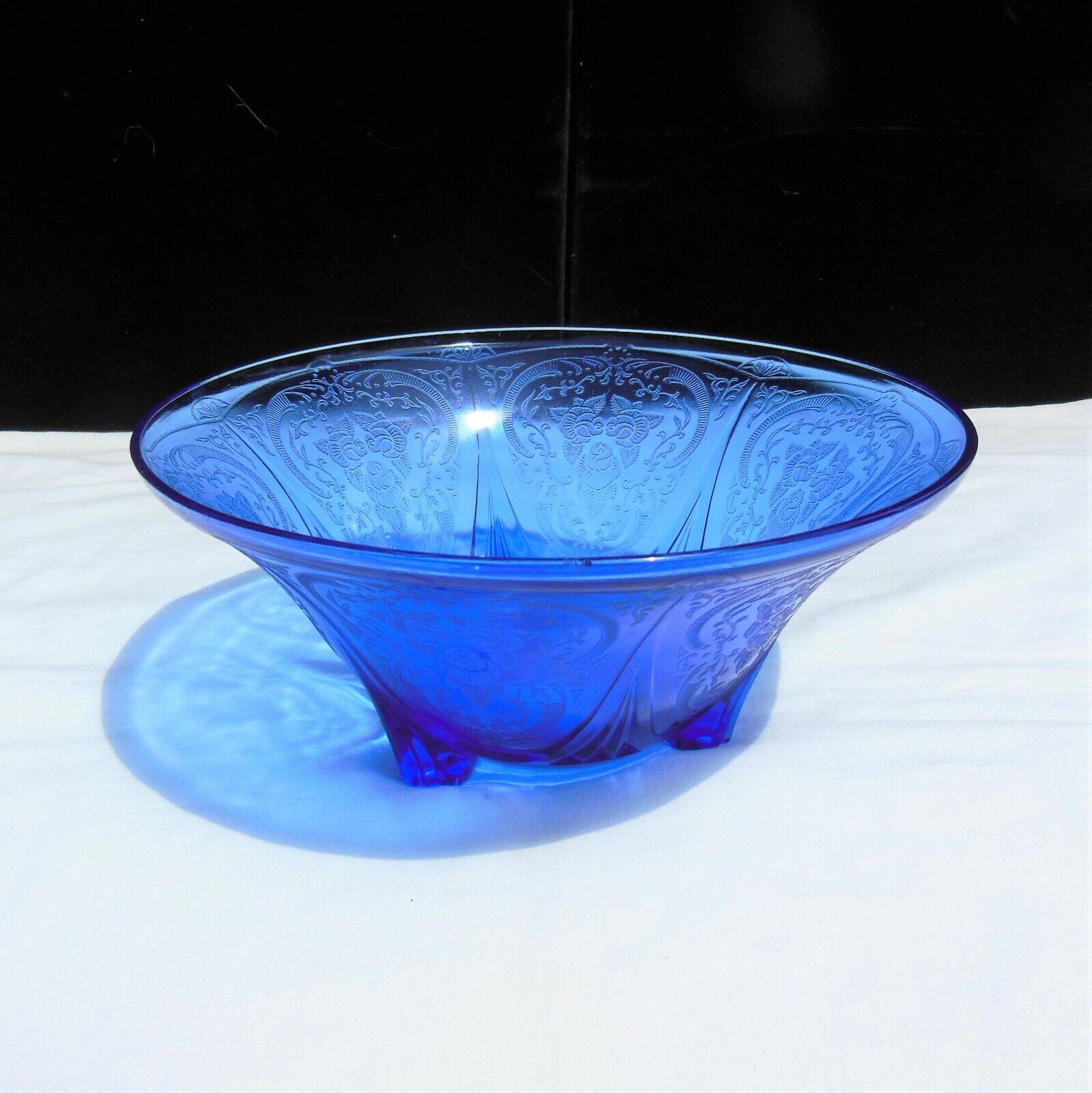 "Hazel Atlas Royal Lace Blue 3 Leg Straight Edge !0"" Bowl"