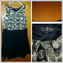 Womens size16,18, 22 & 24 Clothing & hair straighteners Baldivis Rockingham Area Preview