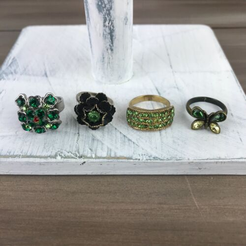 Green Stone Adjustable Rings - Vintage Costume Jewelry - Lot of 4
