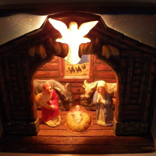 Royal Musical Illuminated Nativity Scene Music Box Vintage Christmas Mid Century