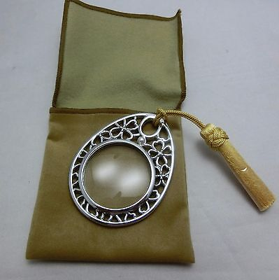 Mikimoto Hand Magnifying glass  with Pearl and Fringe Gift Wrap! Authentic!