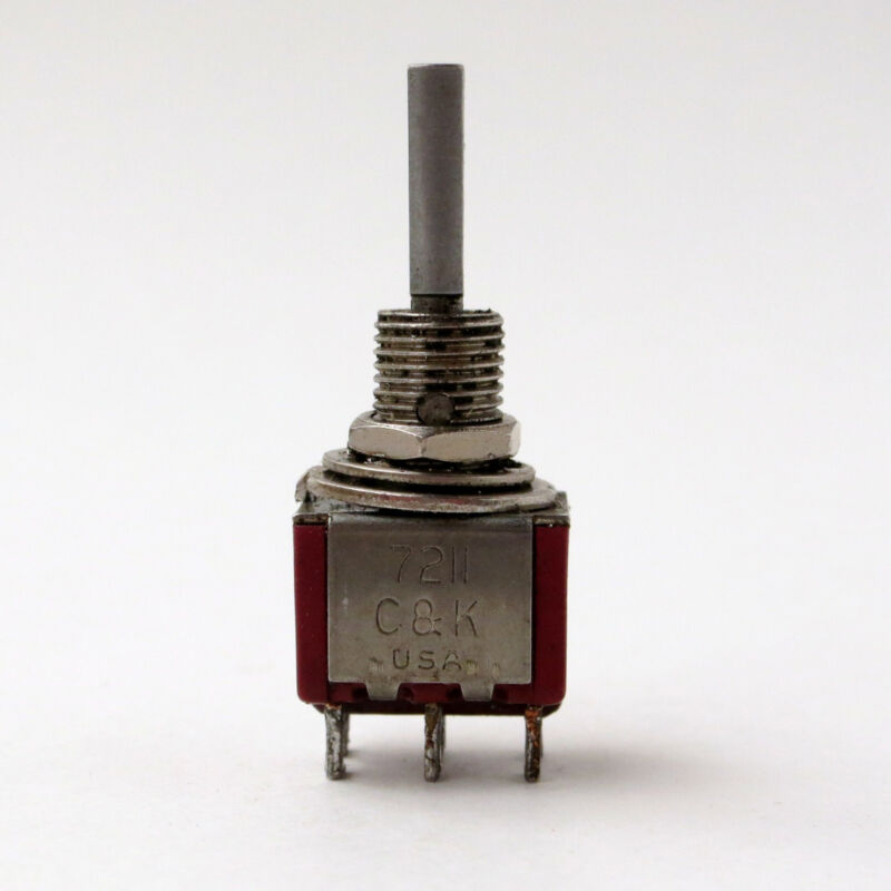 100 pieces C&K 7211 toggle switch - please read