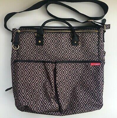 Large Skip Hop Diaper Bag, Many Pockets, Excellent Condition