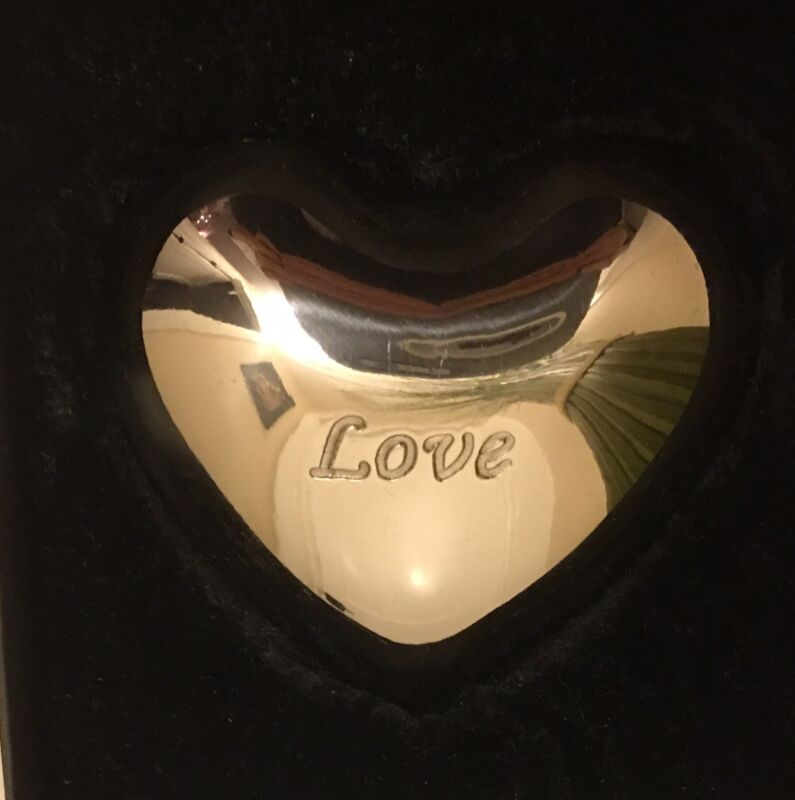 Brighton Love Heart Chime, Chimes with Movement New in Box