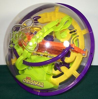 The Original PERPLEXUS 3D Maze Puzzle Ball - PlaSmart - VGC