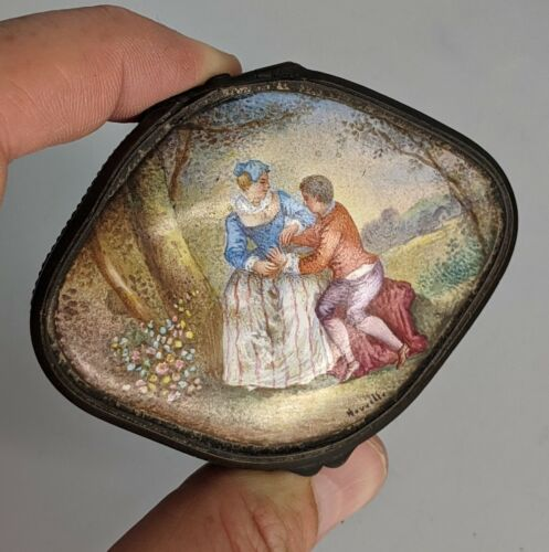 Antique French Enamel Box Courting couple Signed Nouvelle - Snuff trinket Patch
