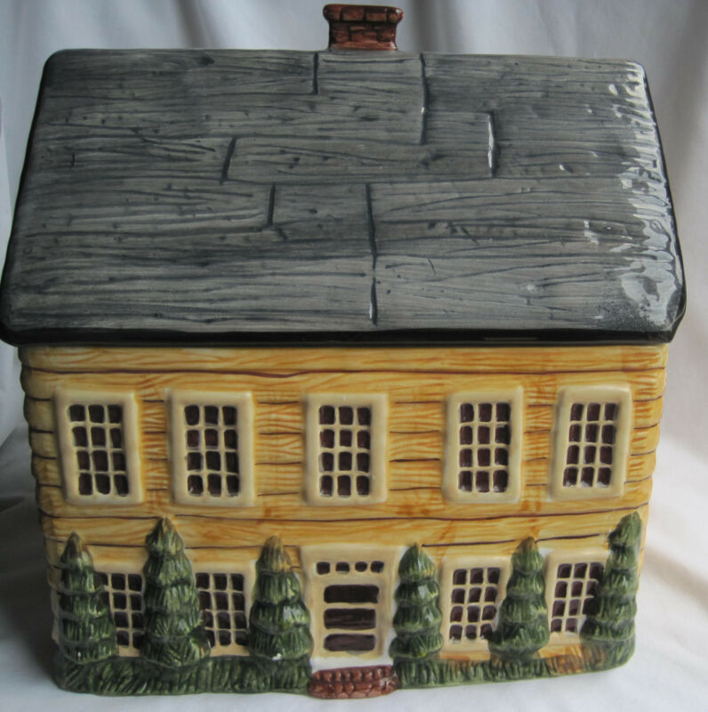 BLOCK COUNTRY VILLAGE MANOR HOUSE COOKIE JAR - VERY RARE