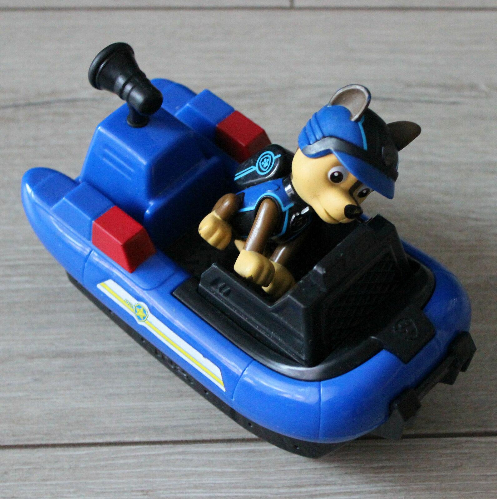 Chase bateau pneumatique et figurine pat patrouille