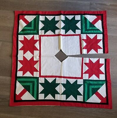 "VINTAGE Star Patchwork Christmas Tree Skirt 42"" Red Green Made In USA"