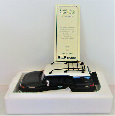 New Toyota FJ Cruiser Black 1/18 With COA Auto Art Models