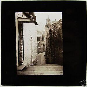Glass-Magic-lantern-Slide-c1900-BRIXHAM-STREET-ON-THE-ROOF-Devon