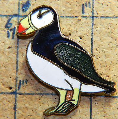 Atlantic Puffin Auk Coastal Bird Goldtone 1 5  Metal Lapel Pin
