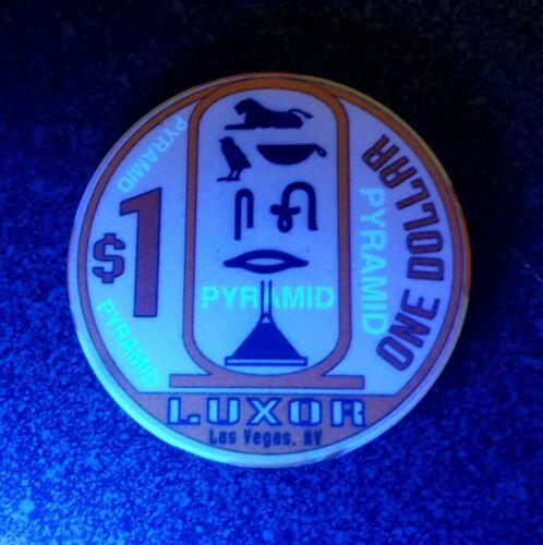 $1 Las Vegas Luxor Obsolete Smooth Casino Chip - Stamped PYRAMID