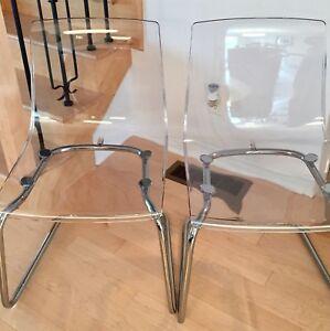 2 chaises modernes, comme neuves!