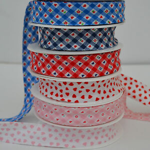 4-metre-white-heart-pattern-bias-binding-25mm-2-colours