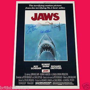 JAWS-3-CAST-SIGNED-AUTOGRAPH-MOVIE-POSTER-A3-297-x-420mm-Very-Rare