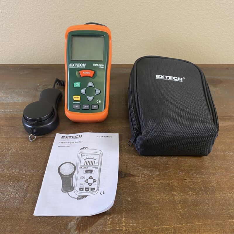 Brand New Extech Light Meter LT300 With Booklet & Case Tested & Working