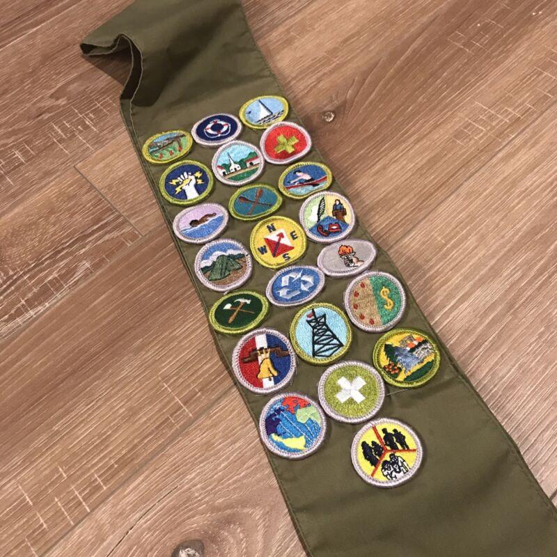 Vintage Boy Scout Sash 22 Merit Badges Patches