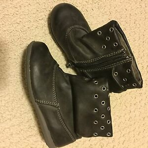Toddler Girls Boots Size 9