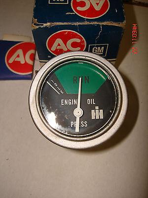 Ihc Dozerloaderheavy Equipmentoil Pressure Guage 24 Volt Pn885366c2