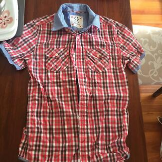 Men's Small Kenji Button Up shirt Coorparoo Brisbane South East Preview