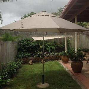 Market umbrella with concrete stand Tewantin Noosa Area Preview