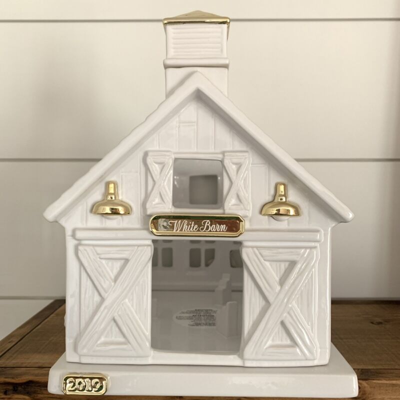 Bath And Body Works Ceramic White Barn Candle Holder Luminary Blue Tractor 2019