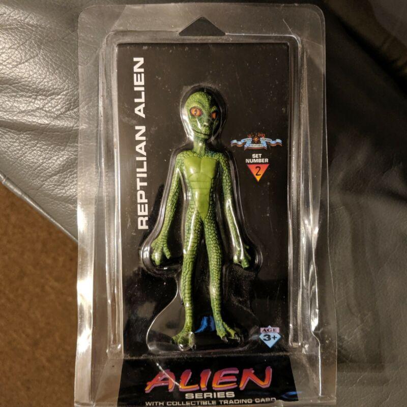 1996 SHADOWBOX REPTILIAN ALIEN figure trading card sealed! weird conspiracy