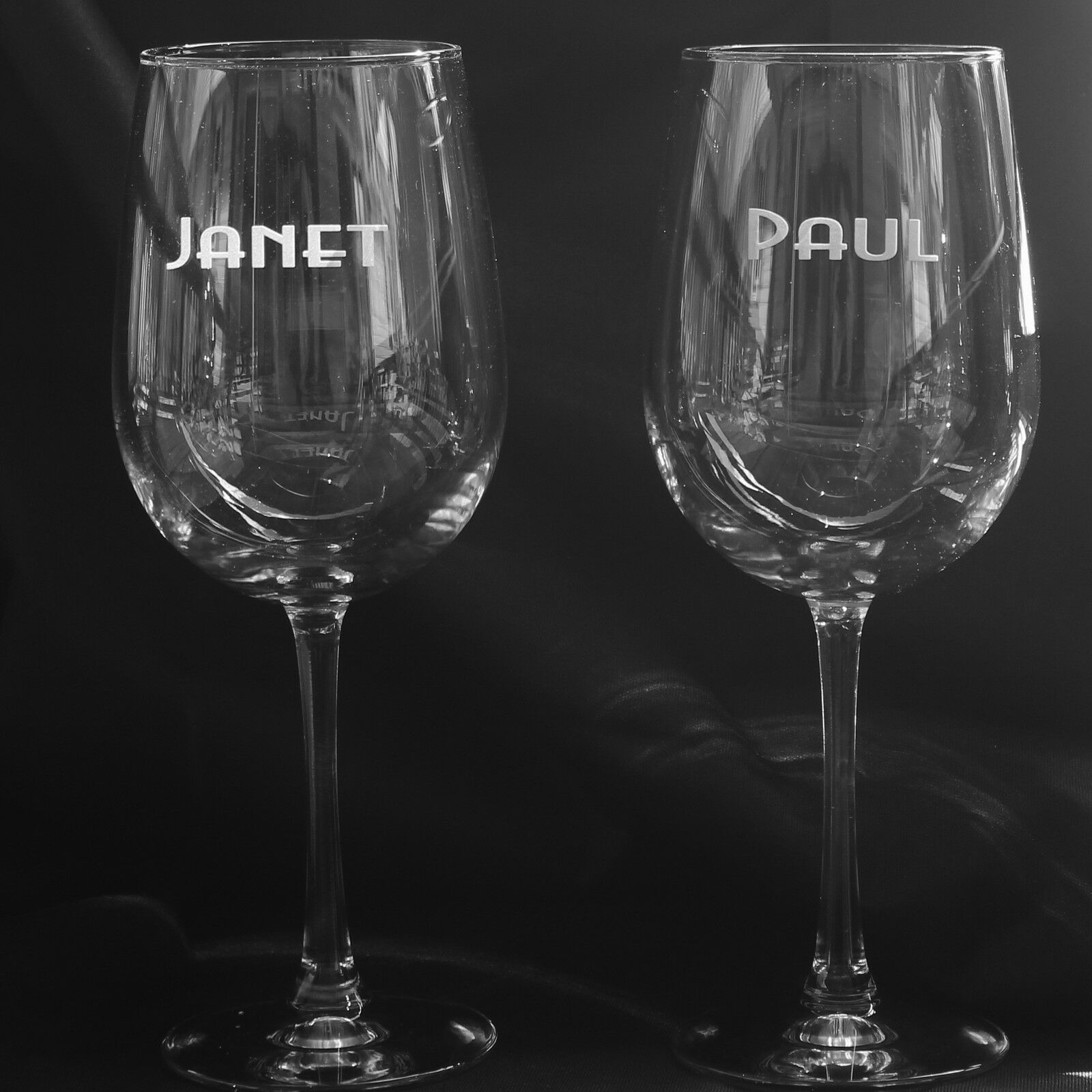 2 PERSONALIZED  WINE GLASSES YOUR NAME 18.5 OZ EACH SAND CARVED
