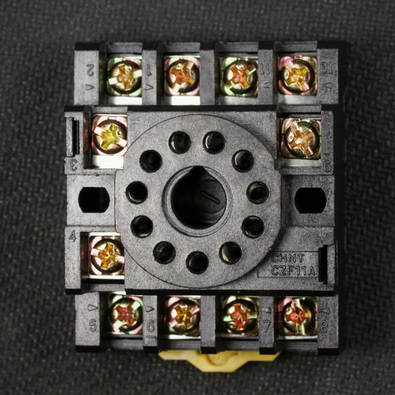 NEW 11 Pin Octal Base Socket For Plug In Relay DIN & Panel Mount 27E892 27E123