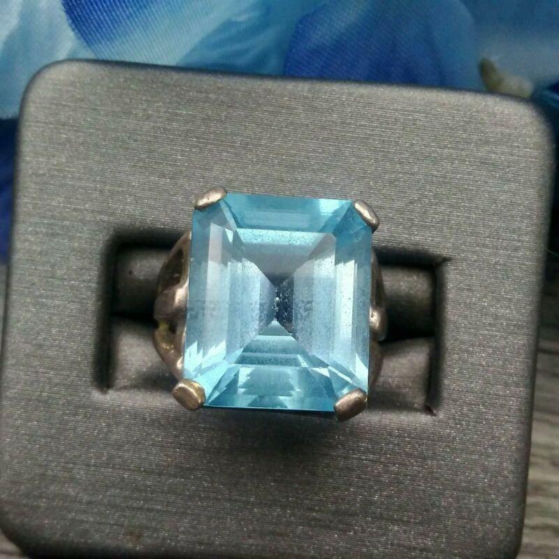 ESTATE SALE: Sterling Silver Blue Topaz Gem Ring sz 6.5 #E7-31