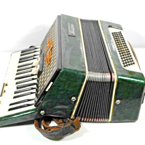 Rossini 80 Bass 34 Key Accordion. Fully Working But In Need Of Restoration.